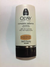 Oil of Olay Complete Radiance Foundation SPF 15 Oil Free Medium to Deep Honey 72