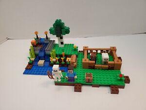 LEGO 21114 Minecraft The Farm Set - 100% Complete