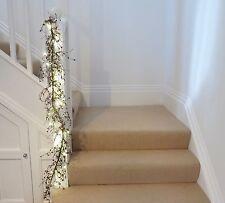 wedding or xmas Garland Berries Red White free set Battery lights 1.4m long