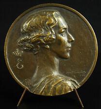 Médaille Queen of Belgium Elisabeth of Bavaria 1953 Red cross A Verheyden medal