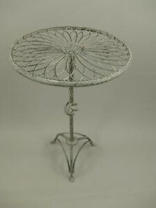 Metalltisch Gartentisch Beistelltisch 63x48cm rustikal Antikstil Eisen altgrau