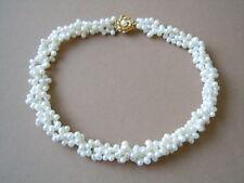 3 Reihige Perlen Kette,Collier mit vergoldetem Silber Verschluß 78,1 g / 43 cm