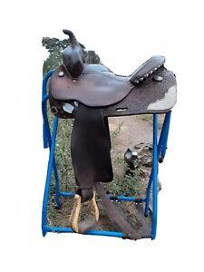 Circle Y Roping Saddle