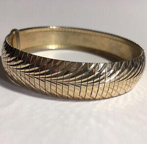 "Bellezza Italy HSN Bracelet Diamond Cut Design Magnetic Clasp 7.75"" .5"" Wide"