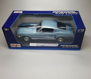 1968 Ford Mustang CJ Cobra Jet Blue 1:18 Diecast Model Car by Maisto