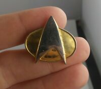 Vtg STAR TREK The Next Generation COMMUNICATOR BADGE 1988 pinback button pin *KK