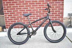 "2021 SE Bikes So Cal Flyer 24"" Stealth Mode Black BMX Bike"