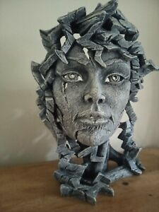 Edge Sculpture Venus Bust - Stone by Matt Buckley