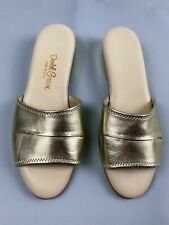 Vintage DANIEL GREEN  slippers SIZE 8.5 2A Narrow Gold scuff house shoe USA