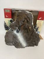 Vintage 1998 Lemax Village Landscape Mountain Backdrop with 5 Trees Box 81012