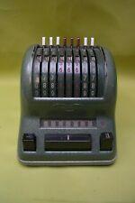 Rechenmaschine - Triumphator - dunkelgrün