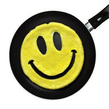 Kitchen Omelette Mold 1 Pcs Silicone Smile Egg Mold DIY Pancake Ring Egg Tool