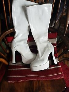 70s Platform Boots in Costume Shoes