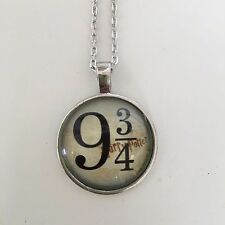 HARRY POTTER Platform 9 3/4 Pendant Necklace jewelry silver