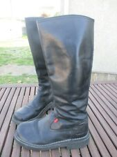 Bottes KICKERS cuir noir pointure 39