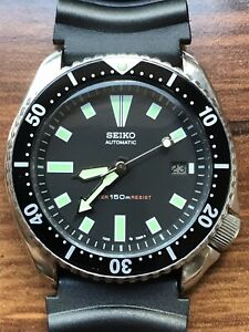 Seiko Automatic Date 7002-7001 Black Vintage Diver Men's Watch Patina