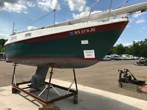 24' Jensen Cal 2-24 Sailboat  NO TRAILER   T1280637