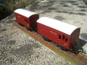 TRIANG HORNBY T78 PAIR OF TT GAUGE HORSE BOXES MAROON EXCELLENT VERY RARE LOOK!