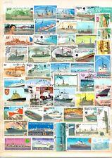 TIMBRES   lot de 50 timbres oblitérés thème bateaux.