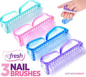 3 NAIL BRUSH FOR MANICURE PEDICURE SCRUBBING CLEANING BRISTLES EASY HOLD HANDLE