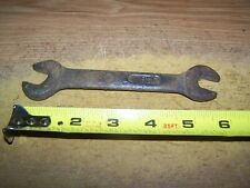 New ListingVintage International Harvester Wrench 1395-E Stamped Ih