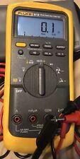 Fluke 87v Industrial Digital True Rms Multimeter Original Fluke Case Amp Oem Leads