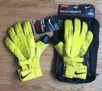Nike GK Confidence Goalkeeper Gloves   Black and Yellow   Size 11