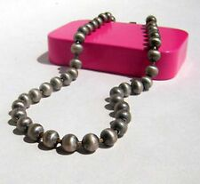 stile vintage sbiadito color argento collana perle
