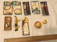 LOT OF OLD VINTAGE FISHING LURES & OTHER FISHING TACKLE
