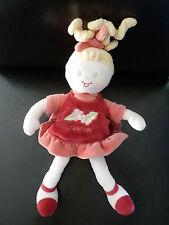066- DOUDOU POUPEE SUCRE D'ORGE ROBE ROUGE ROSE 32 cms  blonde - ETAT NEUF