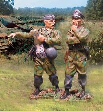 COLLECTORS SHOWCASE WW2 GERMAN NORMANDY CS00579 FALLSCHIRMJAGER COMMAND SET MIB