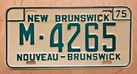 "MINT  1975 NEW BRUNSWICK CANADA AUTO  LICENSE PLATE "" M 4265 "" NOUVEAU BRUNSWICK"