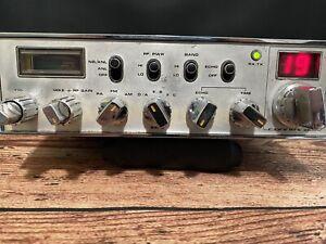 CONNEX 3300 AM/FM CB Radio
