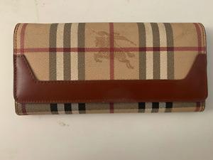 Burberry Women's Long Nova Check Leather Wallet