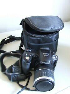 Fujifilm FinePix S Series S5600 5.1MP Digital Camera - Black