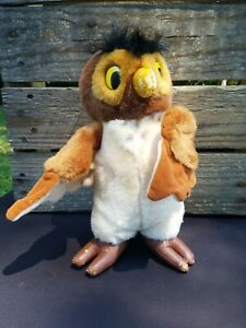VINTAGE DISNEY STORE Exclusive Winnie The Pooh Owl Plush w leather feet & nose