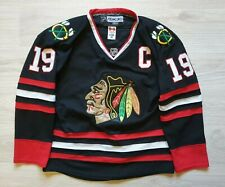 Reebok Chicago Blackhawks Jonathan Toews Size 48 Hockey Jersey Fight Strap NHL