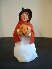 BYERS CHOICE HALLOWEEN COSTUME CAROLER ~ GIRL WITH JACK O'LANTERN 2005 BROWN HAT