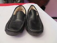 MEN'S UGG BLACK LEATHER SLIPPERS WITH SHEEPSKIN LINING SIZE 12 or 45.5 EURO