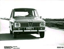 Photo de presse ancienne voiture automobile Renault 6 Billancourt