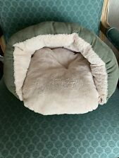 New listing Pet Bed Dog Bed Cat Bed Covered Hooded Pet Cave Bed For your burrowing pet