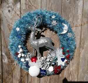 Christmas Wreath, Door/Wall Hanging Decoration, Unique Handmade Ornament, Hooked