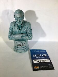 Gentle Giant Stan Lee Mini-Bust SIGNED! ULTRA RARE #163/200 MARVEL Statue COA