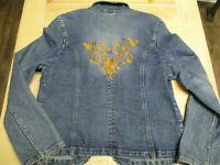 FADED GLORY women's blue jean jacket size 12 embroidered back 4 pockets preowned