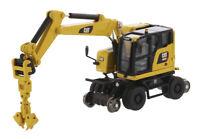 Diecast Masters 1/87 Caterpillar M323F Railroad Wheeled Excavator Vehicle Toy