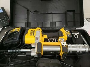 DEWALT DCGG571M1 20V MAX Li-Ion Grease Gun Kit  Battery & Charger Included!