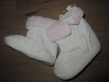 NWT Infant Girls White Pink FIRST IMPRESSIONS Winter Snow Boots Crawling Stage 3