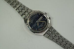 """WITTNAUER """"2000"""" CALENDAR AUTOMATIC FOR PARTS OR RESTORATION"""