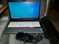 Fujitsu LifeBook E751 | i3-2330M 2,3GHz | 8GB RAM | 320GB HDD | Win 10 | Docking