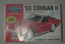 LINDBERG '63 COUGAR II FORD CONCEPT CAR 1:25 MODEL KIT #72162 NIOB R16794